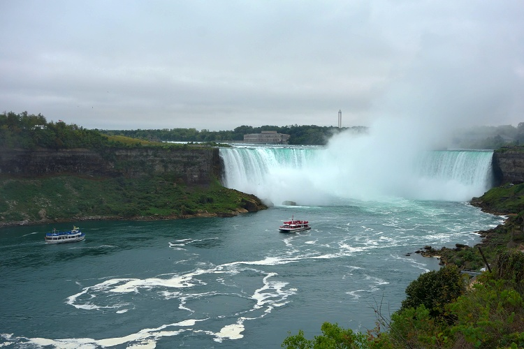 Maid Of The Mist are the boats that will get you very close to Horseshoe Falls