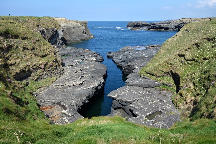 The Bridges of Ross - Irish coast at its finest