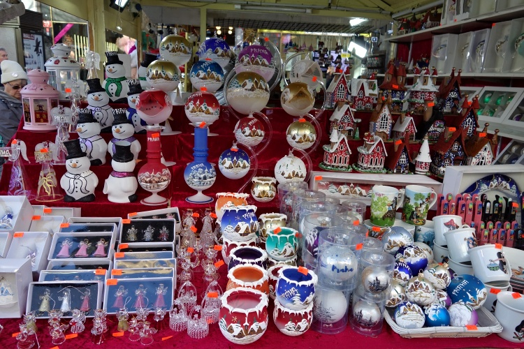 The Christmas markets in Prague offer great value