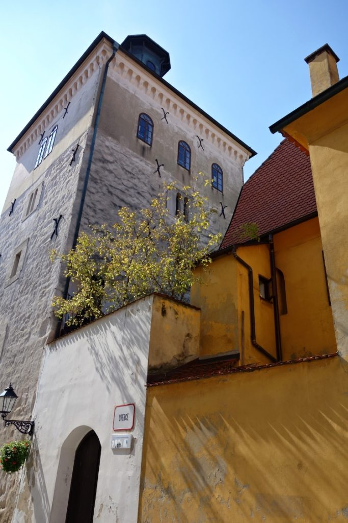 Lotrscak Tower is one of the oldest buildings in Zagreb