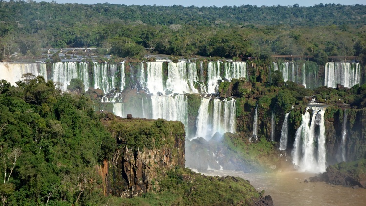 You can visit Iguazu Falls all year round