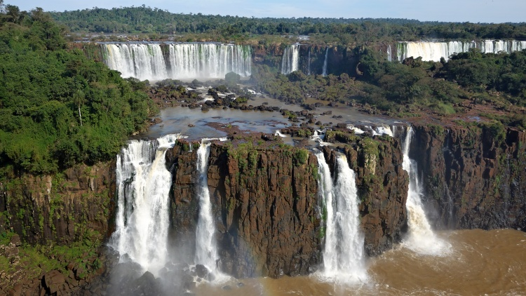 In Brazil, you can stay in the town of Foz do Iguaçu or in the National Park itself