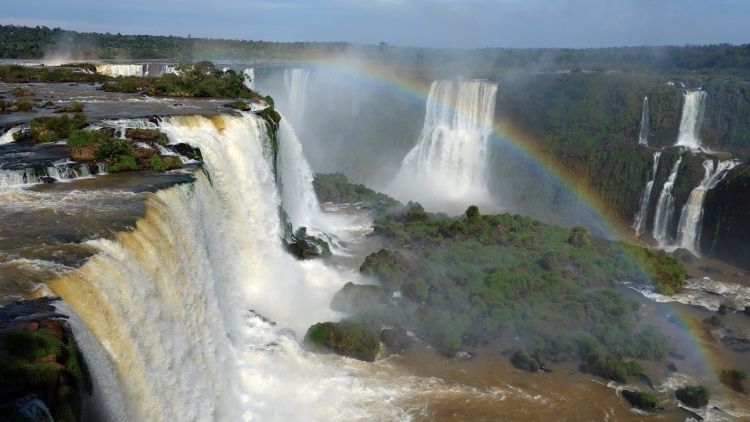 Iguazu Falls are located between Brazil and Argentina