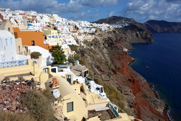 Santorini isn't a big island - you can get from one side to another in less than an hour
